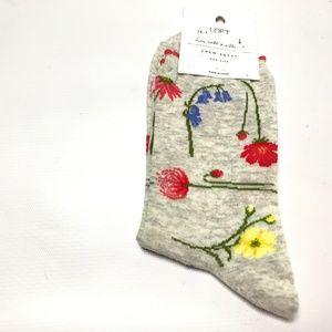 Loft Women's Crew Socks Floral Gray One Size New